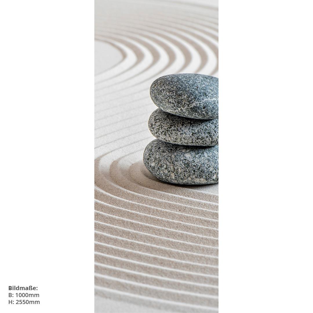 Zensteine im Sand Duschrückwand