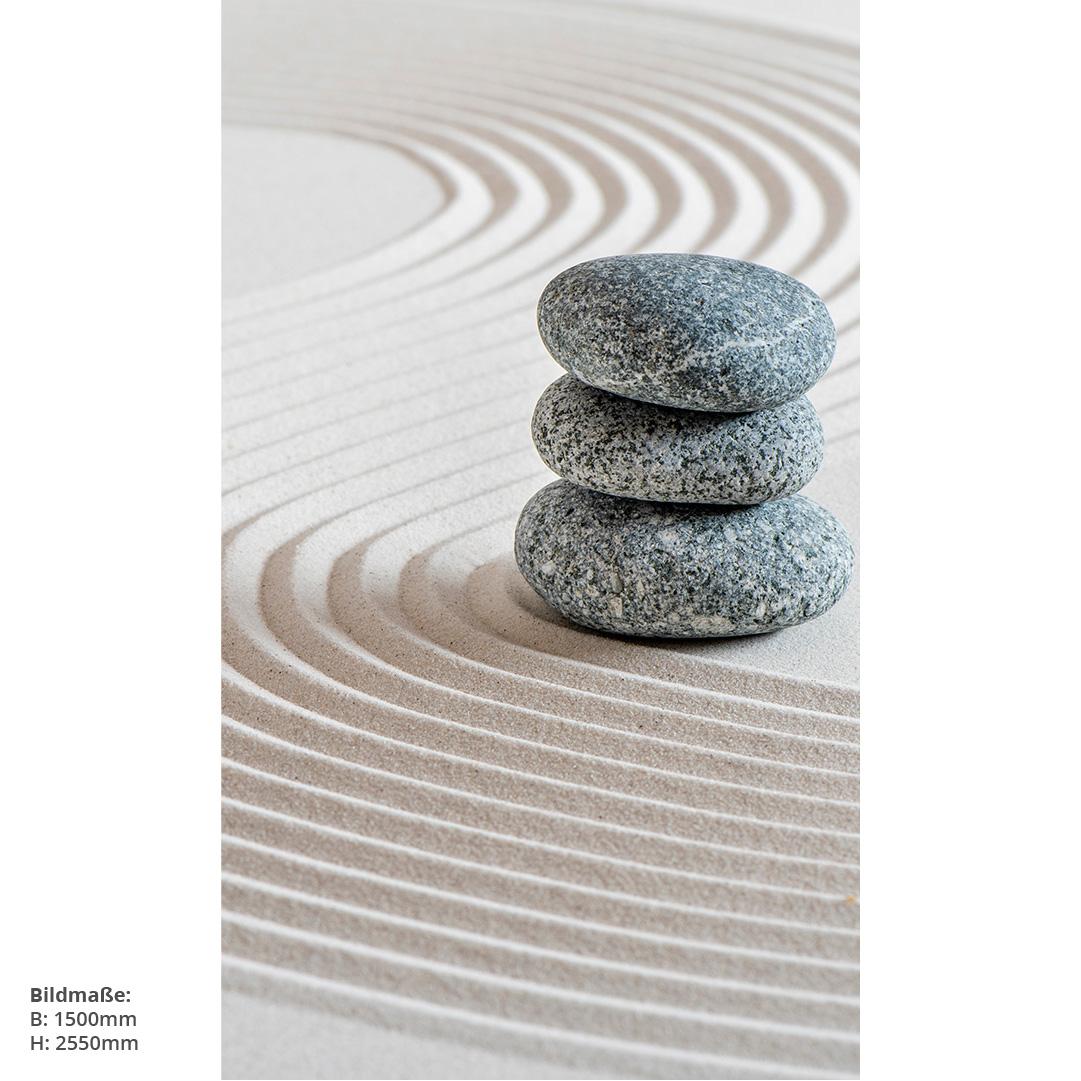 Zensteine im Sand Badwand