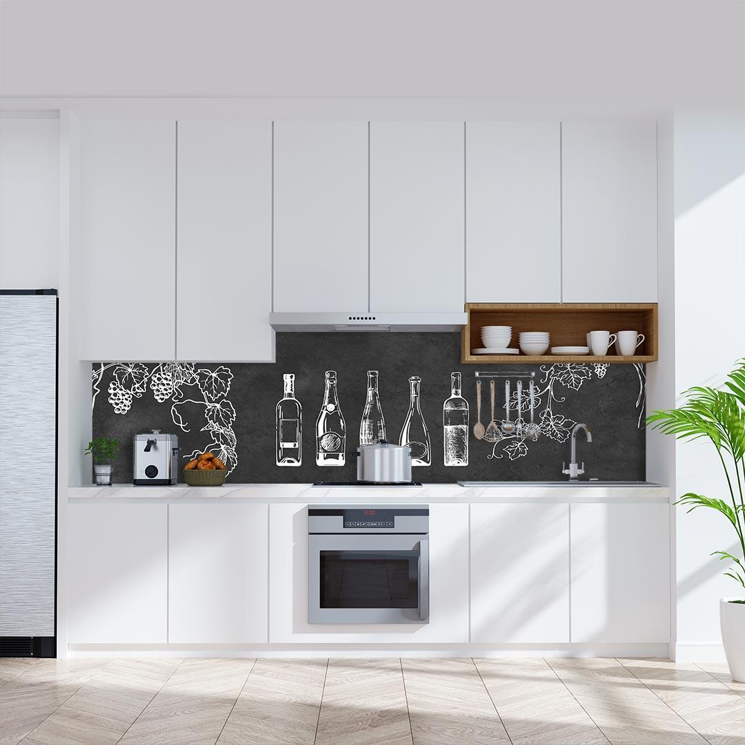 Küchenrückwand Weinflaschen auf Schiefer grau